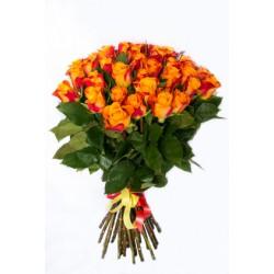 Fascio di 30 rose arancio