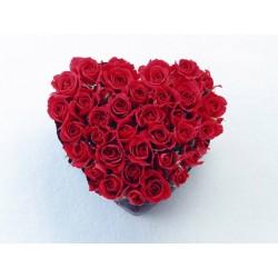 Inima de 21 de trandafiri rosii