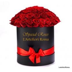 15 Roses rouges dans une boîte, dans les moments de bonheur inoubliables!