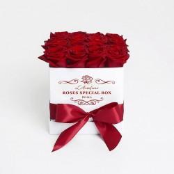 20 червоних Троянд в коробці, незабутні емоції!