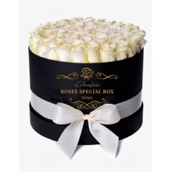 Box special white  roses