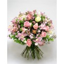 Bouquet with light and delicate tones