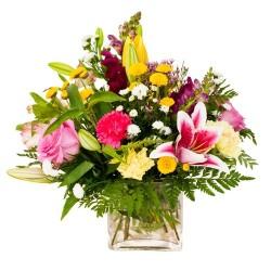 Composition de verre mix de fleurs de saison