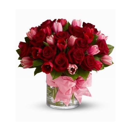 Bien-aimé composizioni di tulipani in vasi di vetro QK17