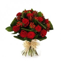 Bouquet rosso tanti auguri