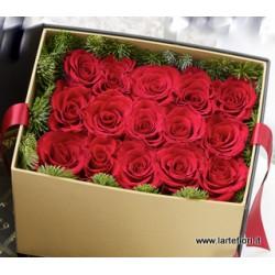 Поєднання суші з 15 троянд в коробці