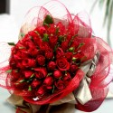 San Valentino3 great bunch of 40rose red green leaves