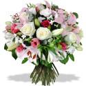 Rondo de fleurs dans des couleurs délicates.