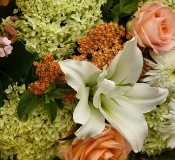 Quali fiori regalare per un anniversario di matrimonio?